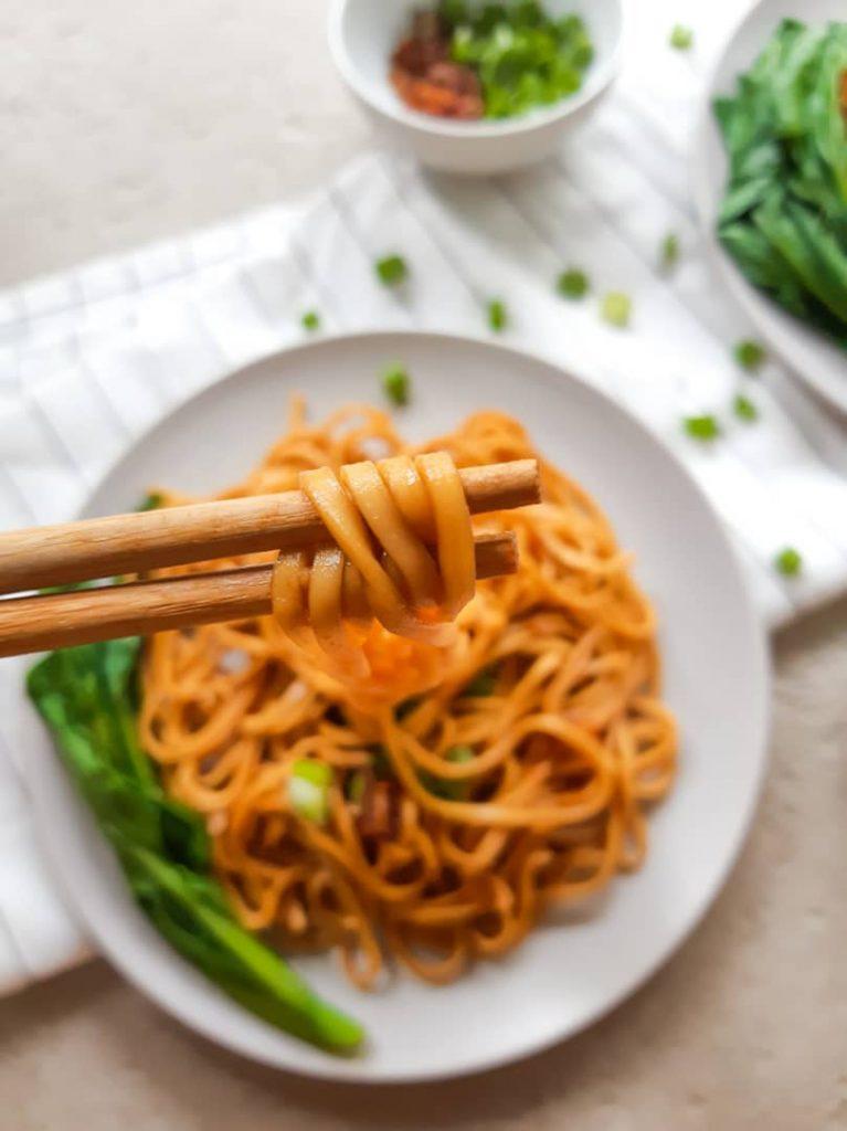 Vegan dry wonton noodles close up shot
